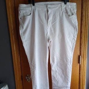 Old Navy size 18 tall  white jeans